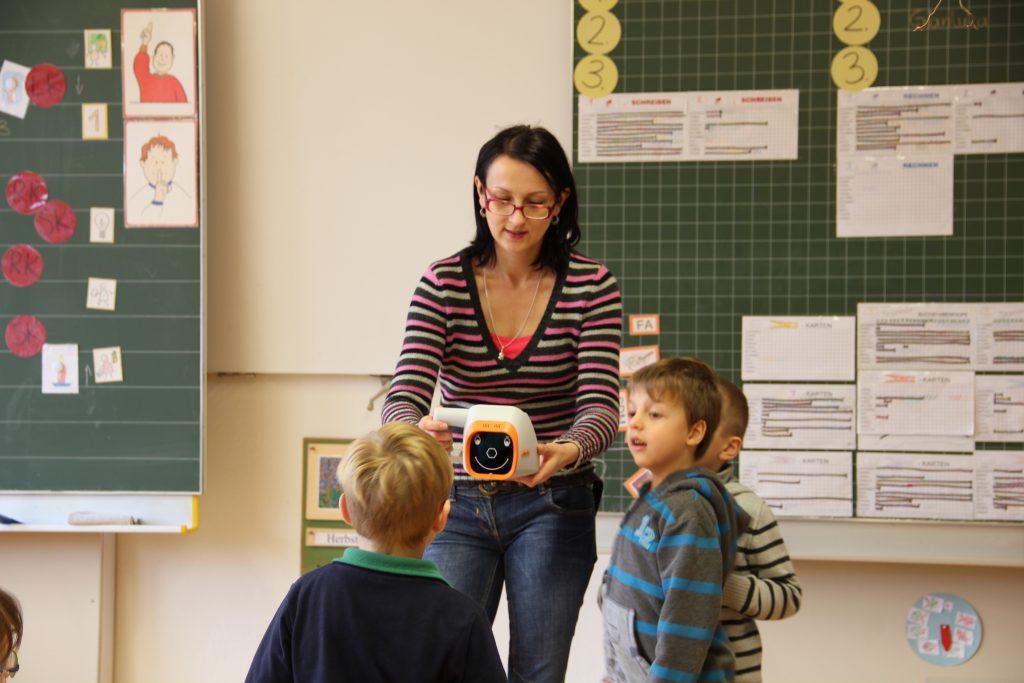 Plusoptix Vision Screening at school